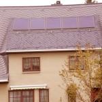 Naturschieferdeckung mit Solarinndachkollektoren